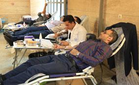 مشارکت کارکنان بانک سینا در اهدای خون